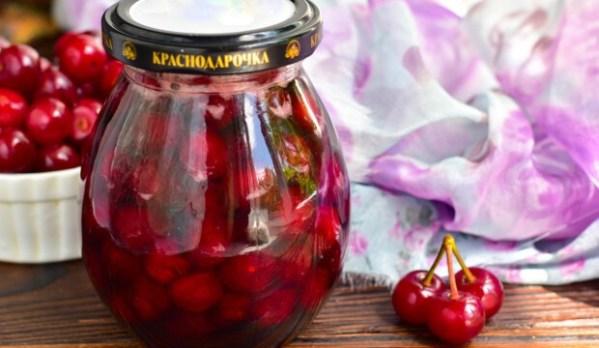 Варенье из вишни «Пятиминутка» с косточками на зиму ...