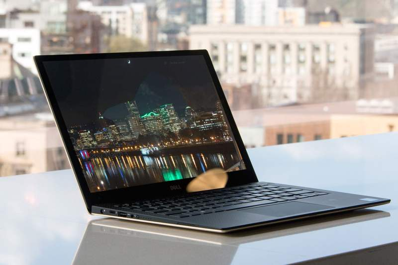 Dell-XPS-13-Gold-2016-ángulo frontal