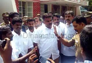 Tamil_News_large_97423420140513012628.jpg