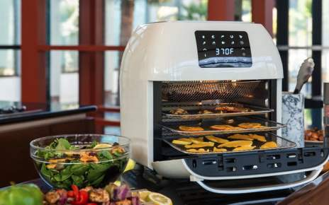 Save 5 on this fantastic air fryer and rotisserie today