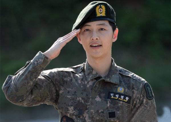 韓星歐爸變身為保衛國家的阿兵哥 平頭+迷彩服怎麼還是這麼帥 噪咖 EBCbuzz