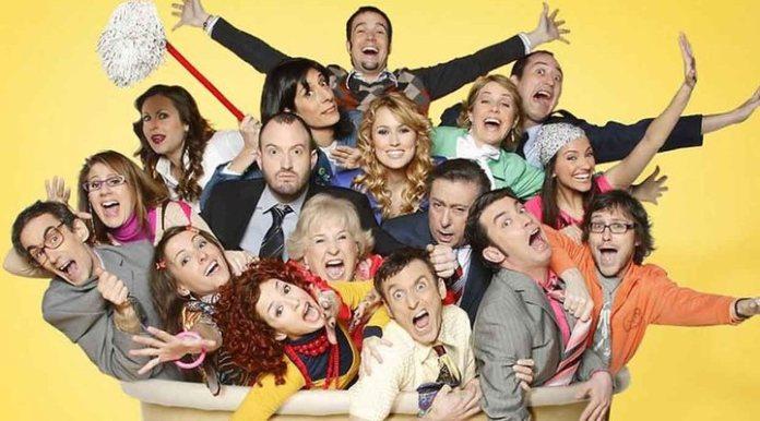 The entire cast of 'Camera Café'