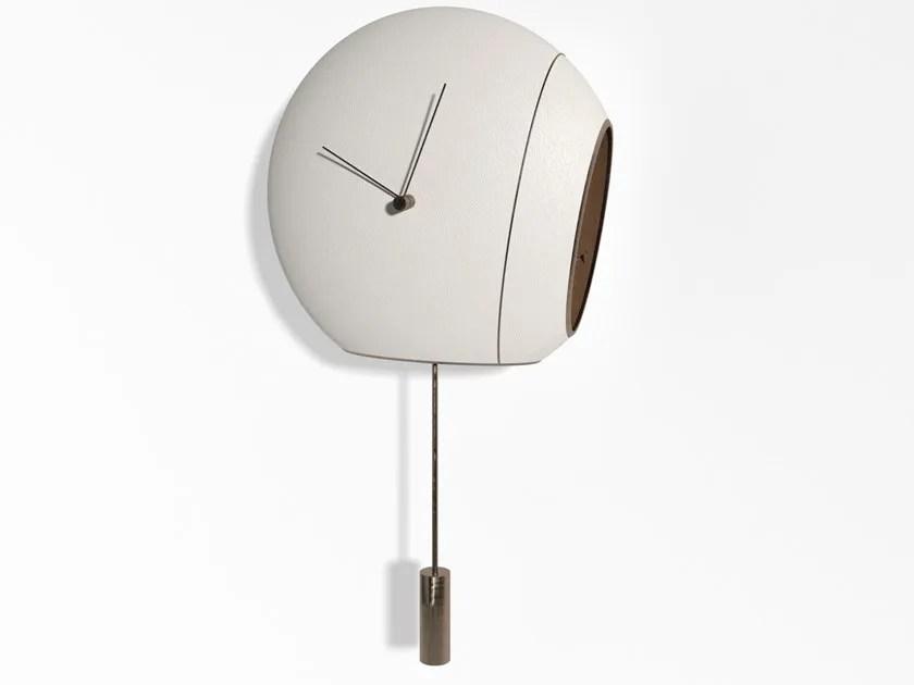 Jomparis 40 cm orologio da parete a pendolo, stile retrò, al quarzo 40cm bronzo*. Orologio A Pendolo In Pelle In Stile Moderno Da Parete Cuckoo Clock By Giorgetti Design Virginia Harper