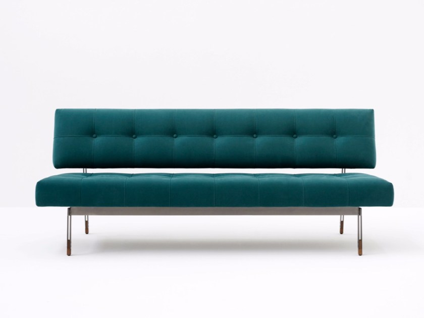 Tufted small sofa OLIVER By Tacchini design Gianfranco Frattini Tufted small sofa OLIVER by Tacchini
