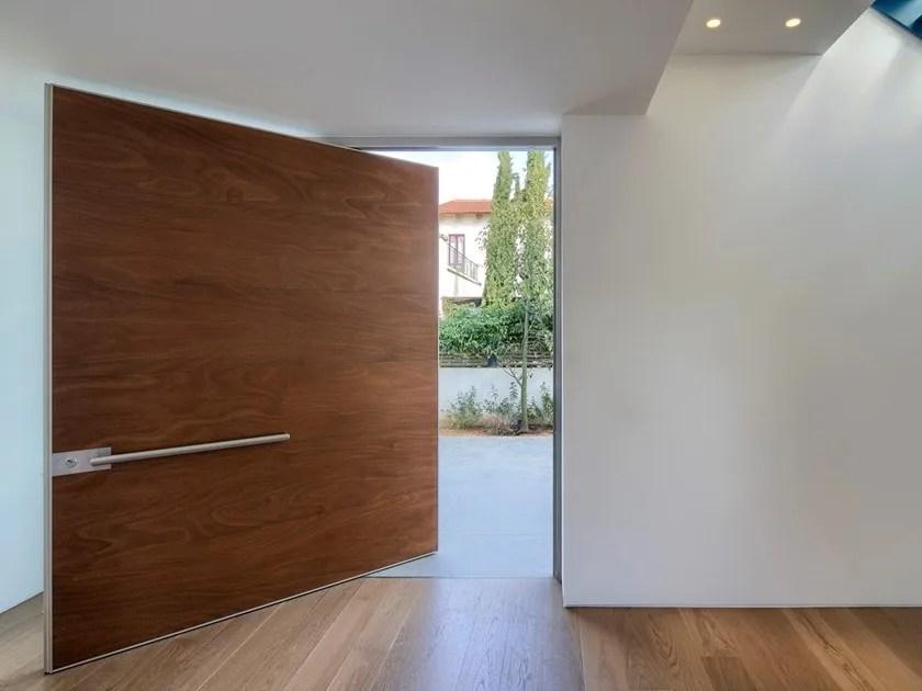 synua porte d entree en bois by oikos