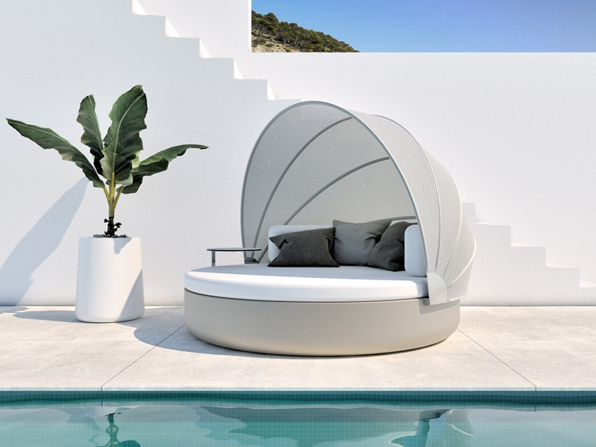 ULM DAYBED   Round garden bed By VONDOM design Ram    n Esteve Round igloo garden bed ULM DAYBED   Round garden bed by VONDOM