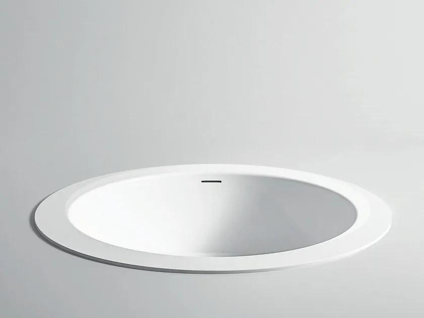 baignoire ilot ronde encastrable en corian unico rotonda maxi baignoire encastrable by rexa design