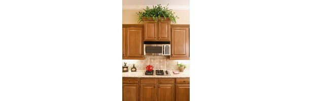 What Color Granite Countertops Go With Light Maple ... on Countertops That Go With Maple Cabinets  id=69507