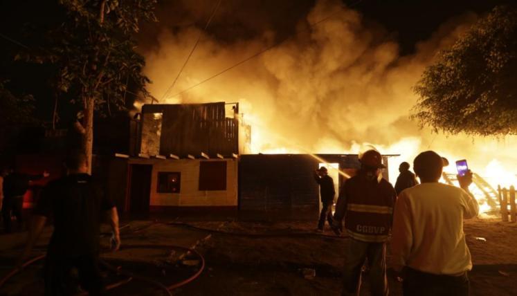 Resultado de imagen para incendio en el callao