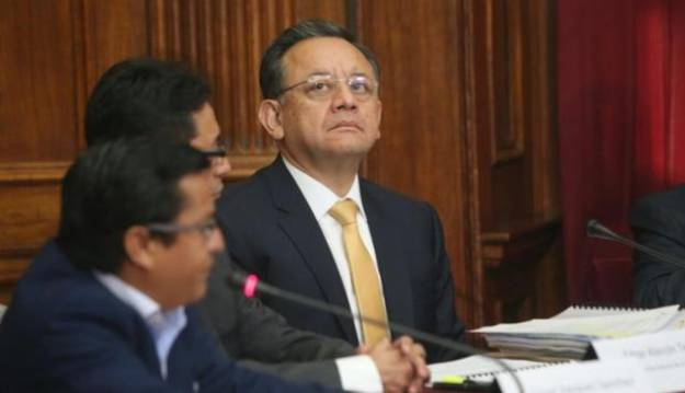 Edgar Alarcón: informe plantea remoción del contralor por estas cuatro razones
