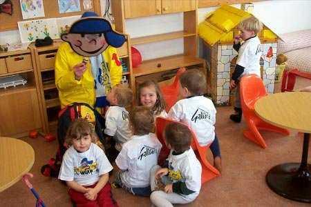 Resultado de imagen para cómo enfrentar el primer día de clases de los niños en el nido