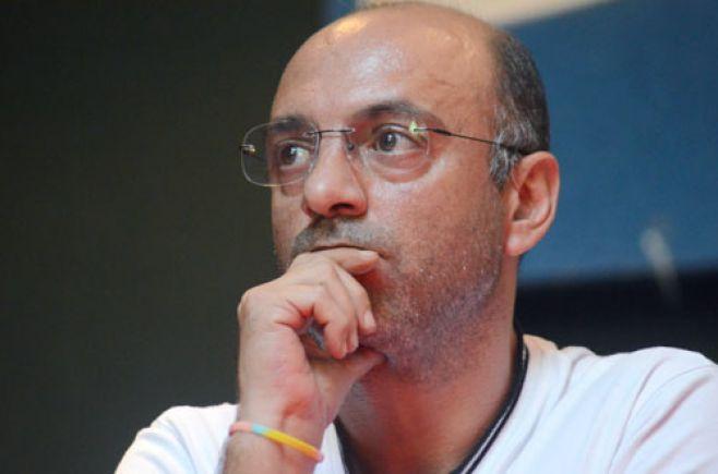 Marcelo Abdala (C) AdHoc.