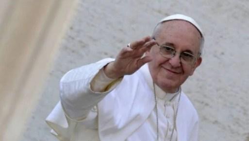 Todas as dioceses do mundo deverão ter um sistema acessível ao público para apresentar relatórios sobre as denúncias de potenciais casos de abuso sexual - Foto: EFE
