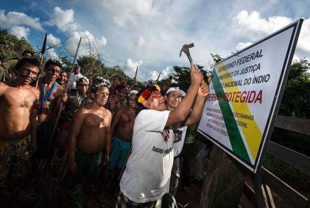Direitos indígenas