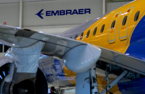 Ataque hacker na Embraer foi localizado nas áreas de defesa e aviação executiva - Economia - Estadão