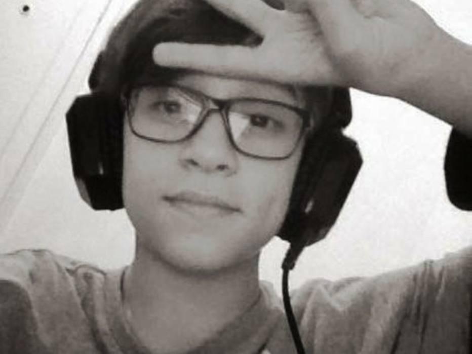 Resultado de imagem para Menino de 13 anos morre enforcado durante jogo transmitido pela internet