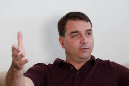 Flávio diz que investigação do MP é ilegal e tem de ser anulada
