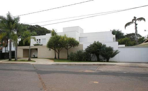 Casa no Lago Sul onde mora o senador Aécio Neves