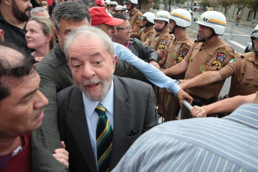 Resultado de imagem para Lula diz ao PT que irá ao julgamento no TRF-4