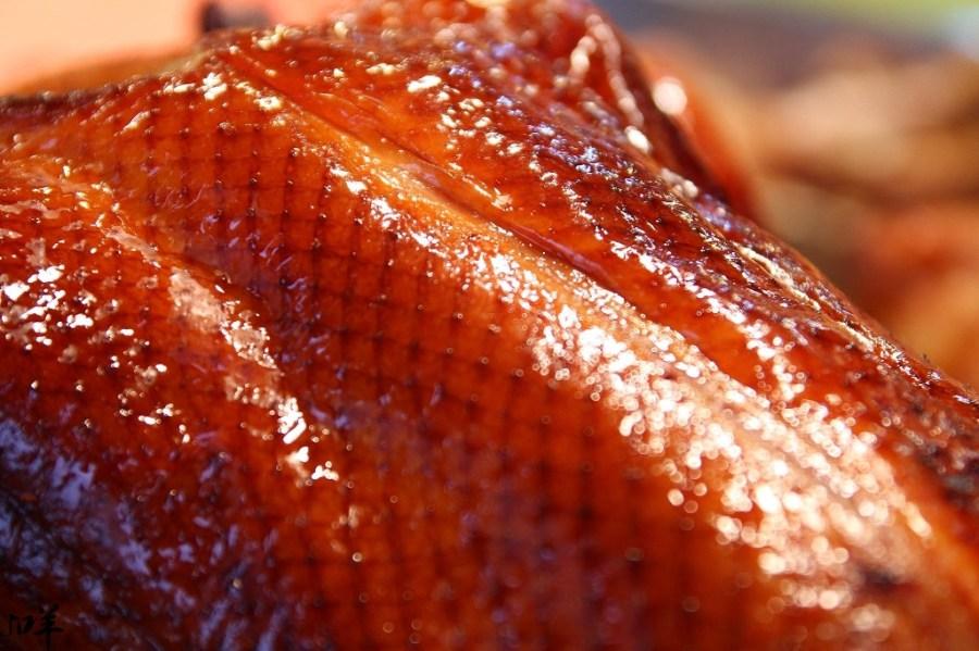 雲林 虎尾黃昏市場內,肥嫩激香誘人烤鴨x鮮嫩至極鹿野烤雞 雲林縣虎尾鎮|鴨味香脆皮烤鴨