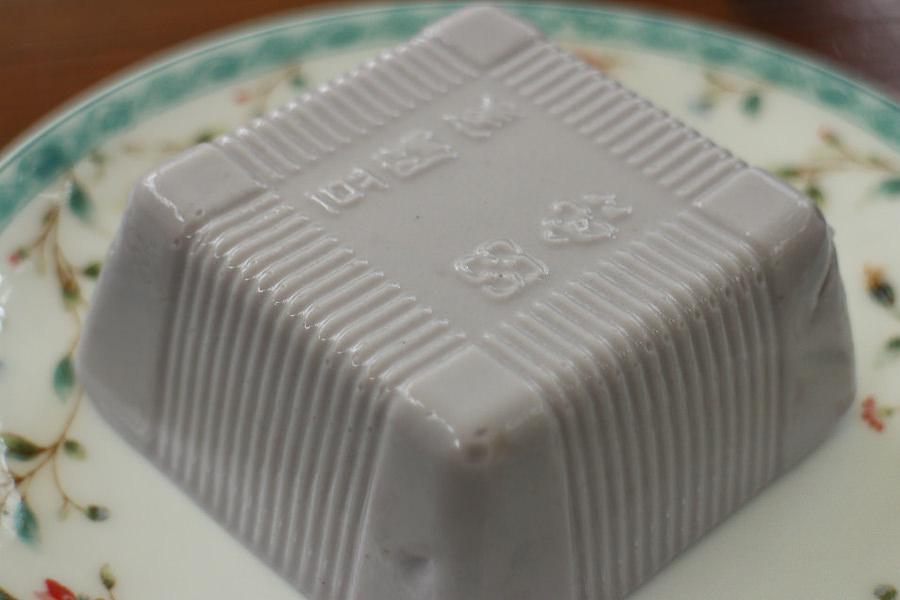 屏東 花生豆腐-客家人特有美食之一,客家庄的特別下午茶 屏東縣內埔鄉|賴媽媽花生豆腐