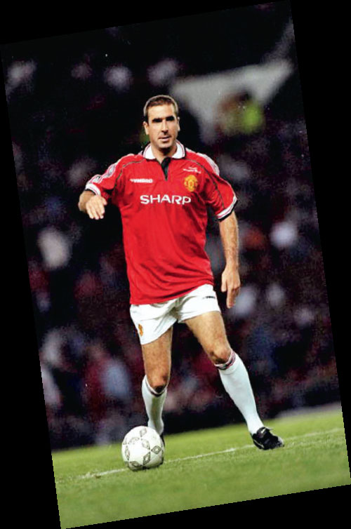 Zinedine zidane was brought to the attention of man utd in the early 1990s, but sir alex ferguson opted to keep eric cantona ahead of the. Marseille In The Oldest City Of France Zidane And Cantona Cohabit With Corbusier And The Count Of Monte Cristo The Economic Times