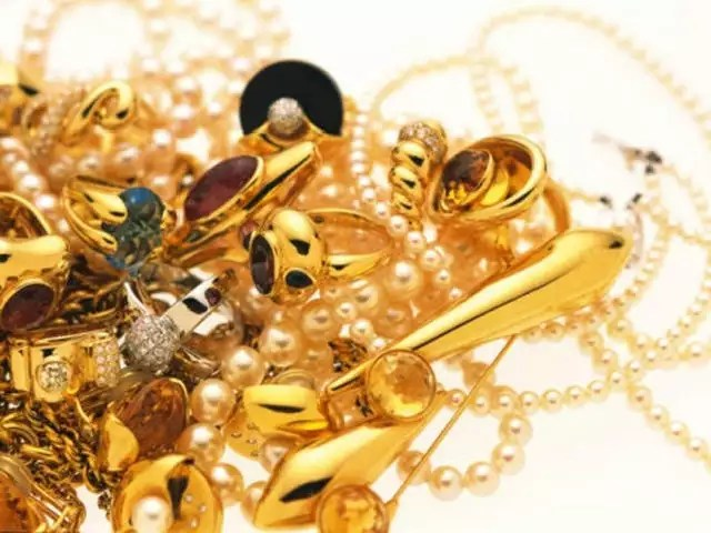 India marks 397 crore USD in importing gold reserves-TNILIVE business