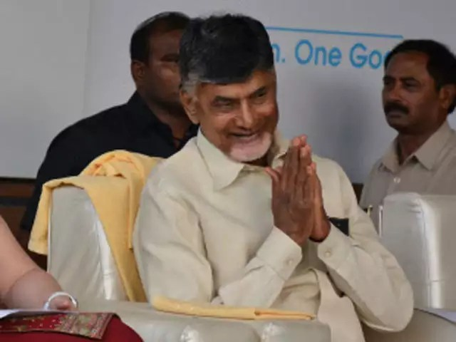 chandrababu to protest in delhi for 50percent counting of vvpat slips