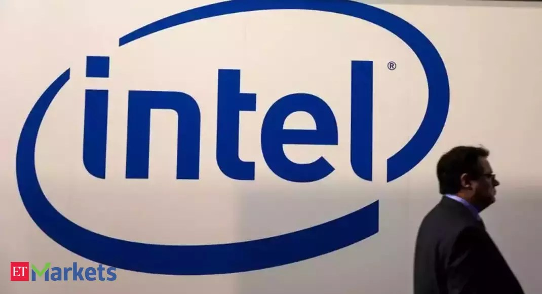 Wall Street sees long road ahead as Intel seeks to regain market share
