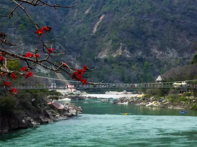 Bridge replacing Lakshman Jhula in Rishikesh to come up before ...