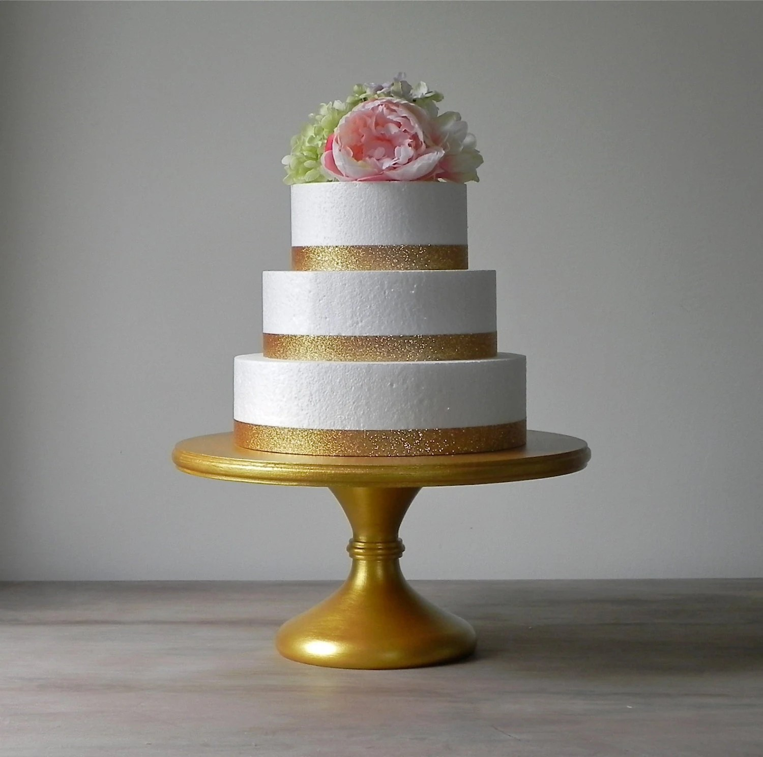 Gold Cake Stand 20 Gold Wedding Cake Stand Cupcake Gold         zoom