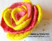 Woollen felted rose brooc...