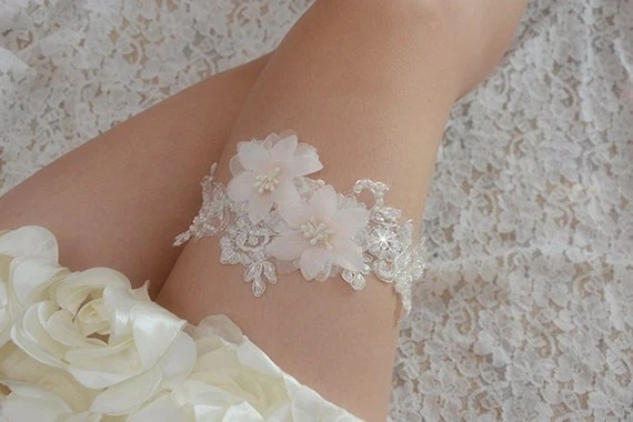 Off-white Bridal Garter Wedding Garter Bride Garter