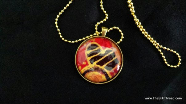 """Hand painted gold heart on red silk. Beautiful pendent necklace art by artist, round, 38mm, red & gold, 22"""" chain, free organza gift ba"""