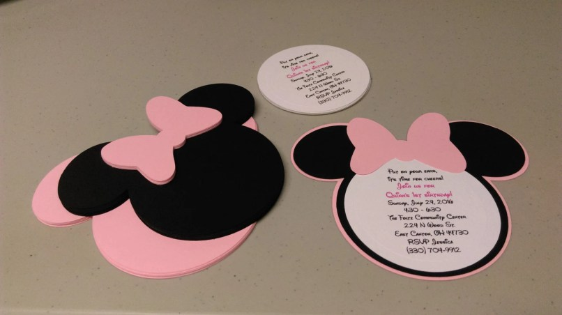 diy minnie mouse invitations in light pink birthday