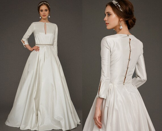EKDERA / Modest Simple Wedding Dress With Long Sleeves Bridal
