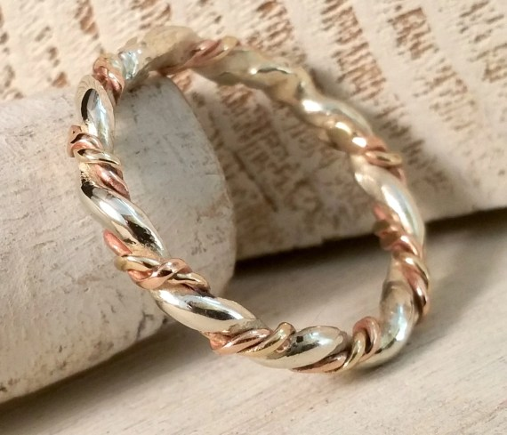Three Twisted 9ct gold ring