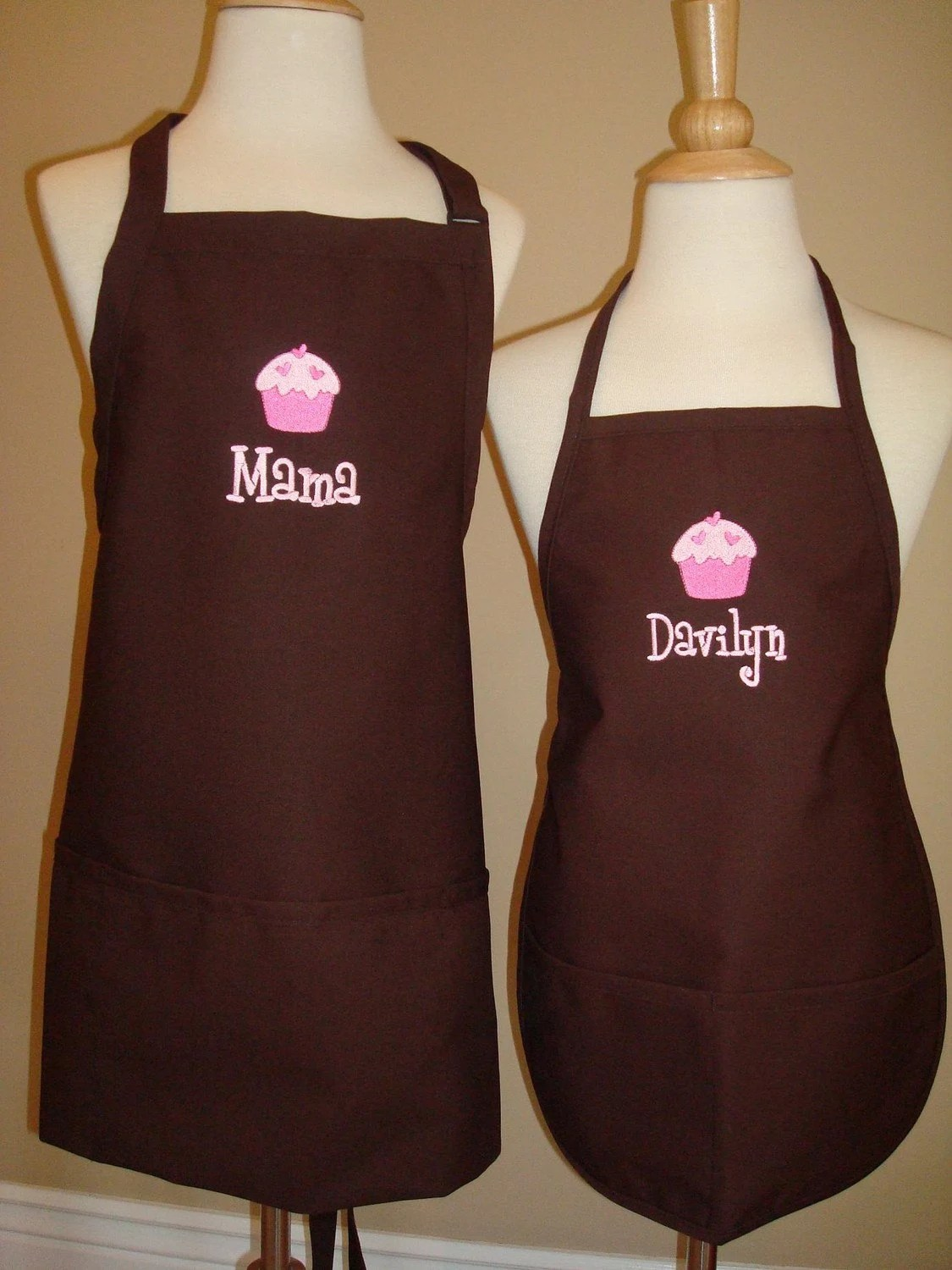 Personalized Mommy Daughter Brown Apron Set Great Christmas