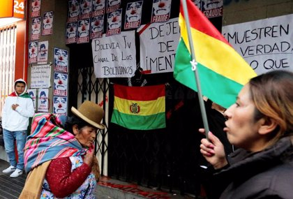 Bolivia.- The Government of Bolivia denounces the taking of media and attacks on journalists