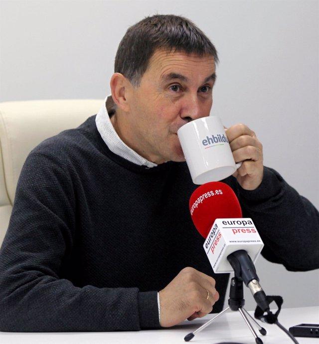 El líder y coordinador general de EH Bildu, durante una entrevista para Europa Press en Donosti, Gipuzkoa, Euskadi (España), a 3 de diciembre de 2020.