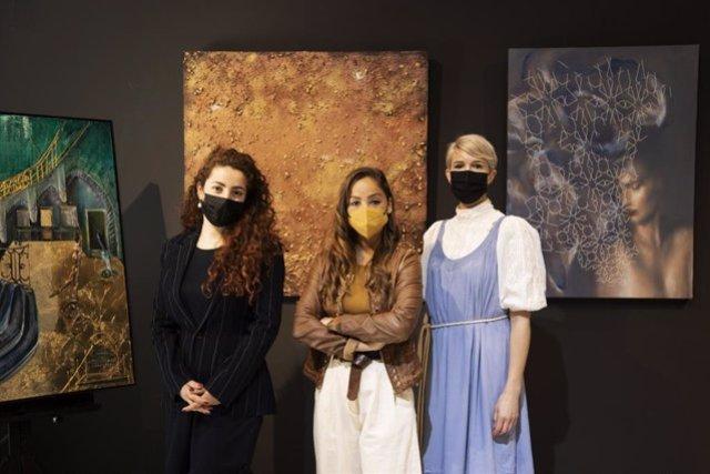 El espacio Jan Royce Gallery de València inaugura el próximo día 10 la exposición '¡Despierta abril!, en la que confluyen tres artistas de distintas nacionalidades --Bay Backner (Gran Bretaña), Aleksandra Istorik (Rusia) y Tatiana Roig (España).