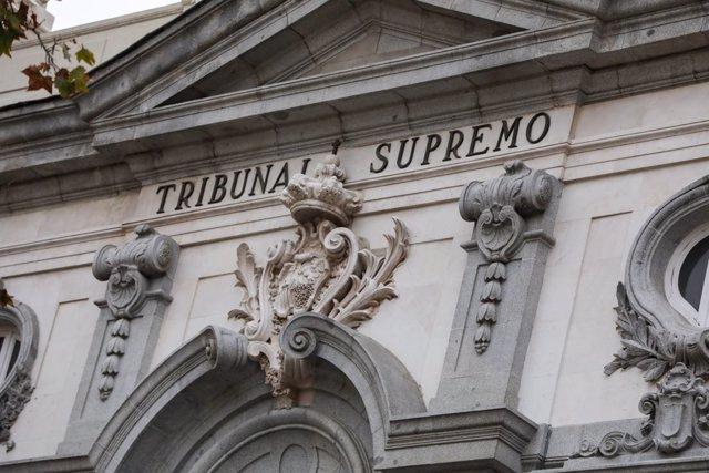 UE.- El Supremo rectifica su doctrina y determina que los interinos sean indefinidos no fijos tras 3 años