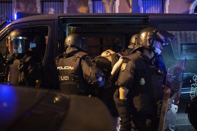 Un detenido por Policía Nacional en el barrio de Argüelles tras la concentración por el asesinato del joven Samuel a 5 de julio de 2021 en Madrid (España).