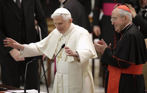 Benedicto XVI ante el clero romano