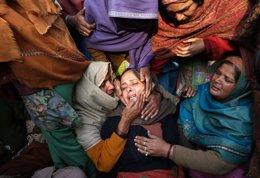 Manifestación por la chica violada en India