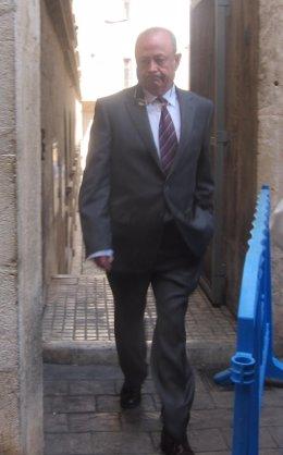 Juez José Castro, saliendo de los Juzgados de Palma