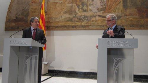 Francesc Homs (portavoz Generalitat) Carles Viver i Pi-Sunyer (IEA, CATN)