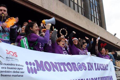 Protesta de monitores escolares