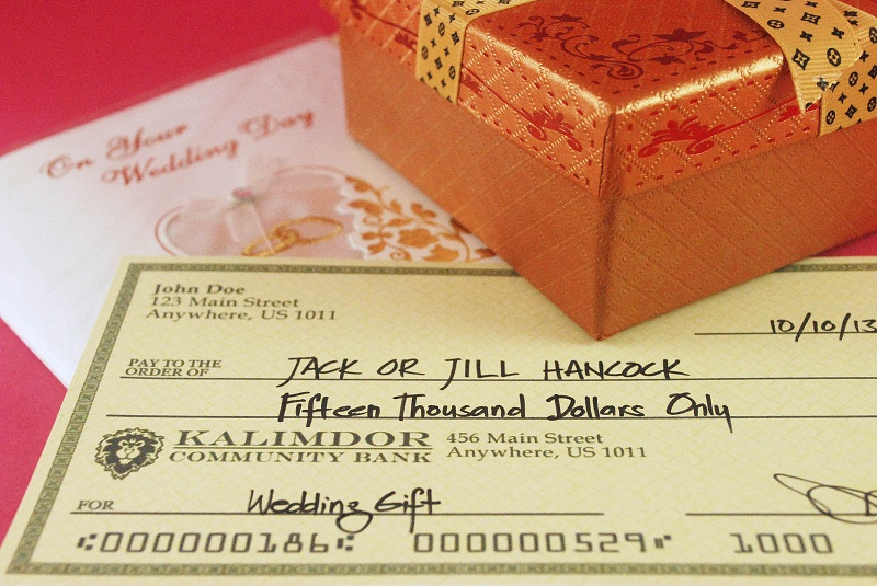 Etiquette Of Giving Cash As A Wedding Gift