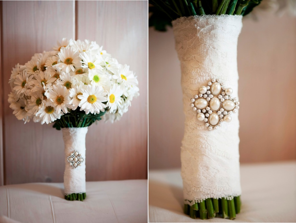 15 Breathtaking Affordable Wedding Flowers
